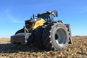 Challenger 1000 series tillage